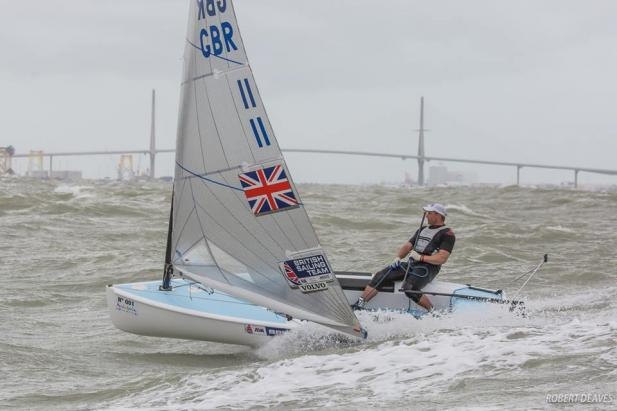 Edward Wright oro en el Europeo de Finn