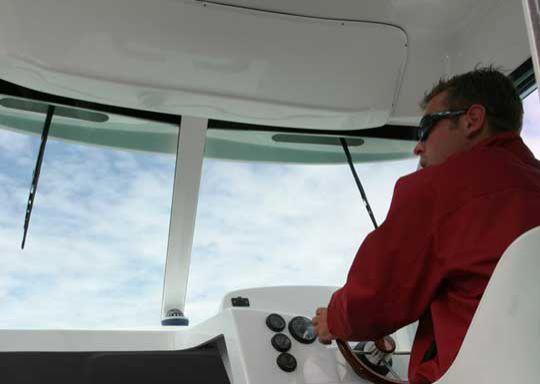 ABC del limpiaparabrisas en un barco.
