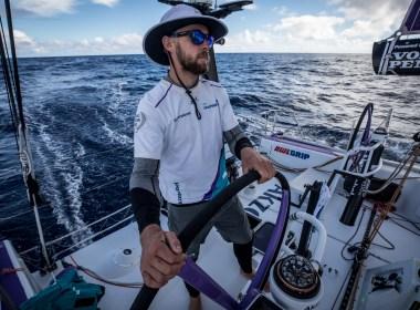 Volvo Ocean Race. Lenta aproximación final a Itajaí