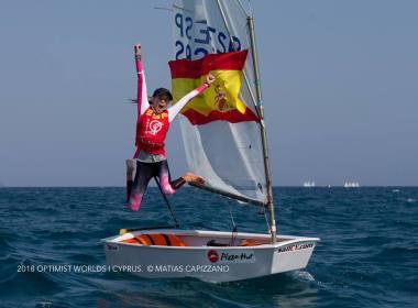 Maria Perelló , campeona del mundo de Optimist