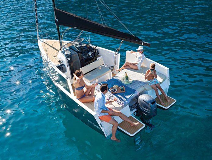 Nuva MS6, velero y lancha.