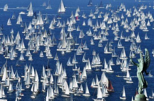 Barcolana, la regata multitudinaria