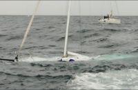 Se hunde un velero durante regata