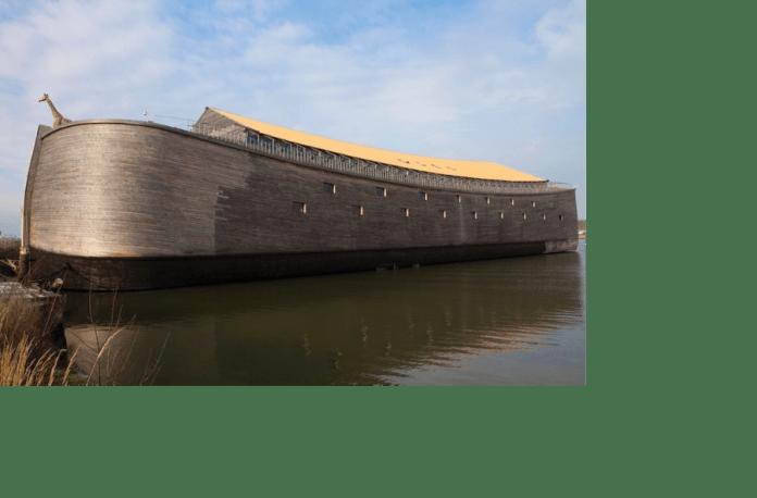 Una réplica del arca de Noé cruzará el océano Atlántico