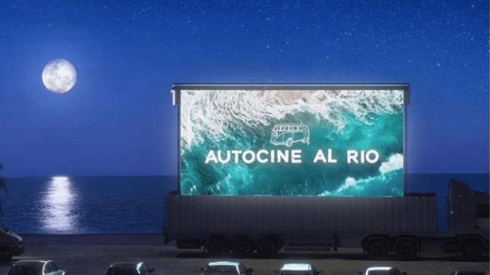 Autocine junto al río en San Isidro
