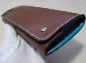 革の箱型ペンケース