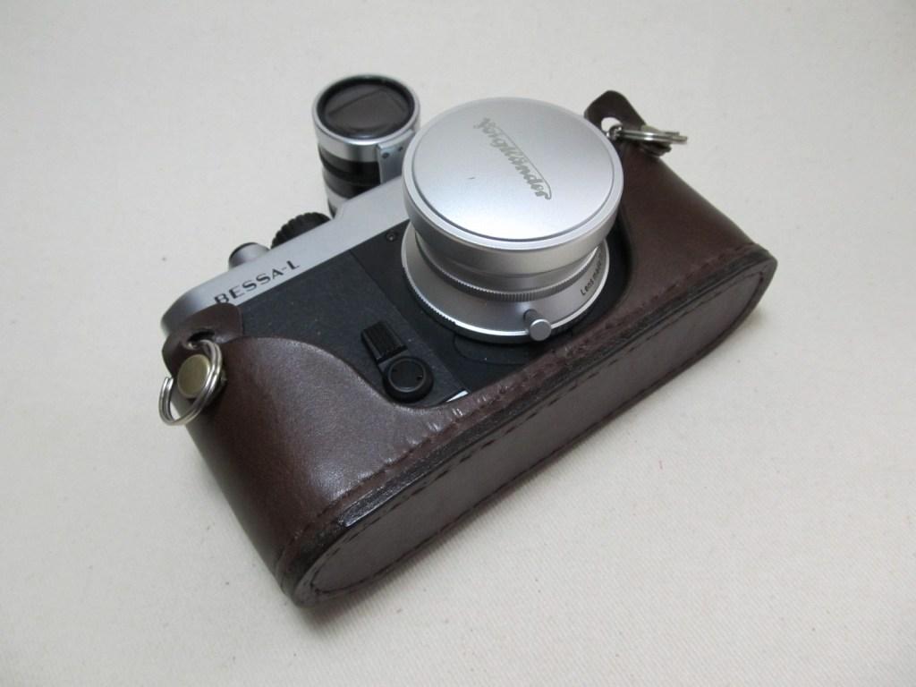 Nikon FM10用ボトムカバー