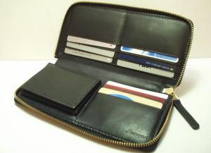 こだわりレザーラウンドファスナー財布