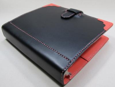 特注A5-20穴バインダー(内径=32㎜)黒ピンク革