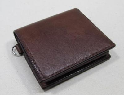 コンパクト二つ折り財布レザー