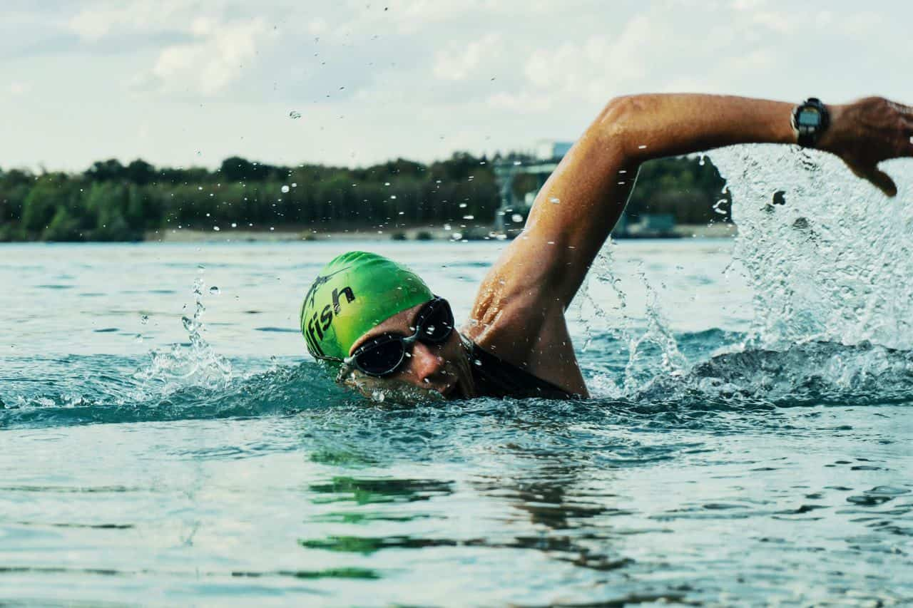 משקפת שחייה הטובה ביותר