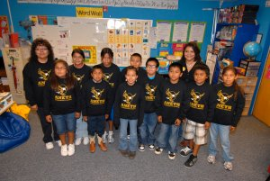 Aneth elementary students and teachers