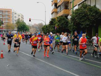 CD Navalmaratón participo en la XXXIV Zúrich Maratón de Sevilla