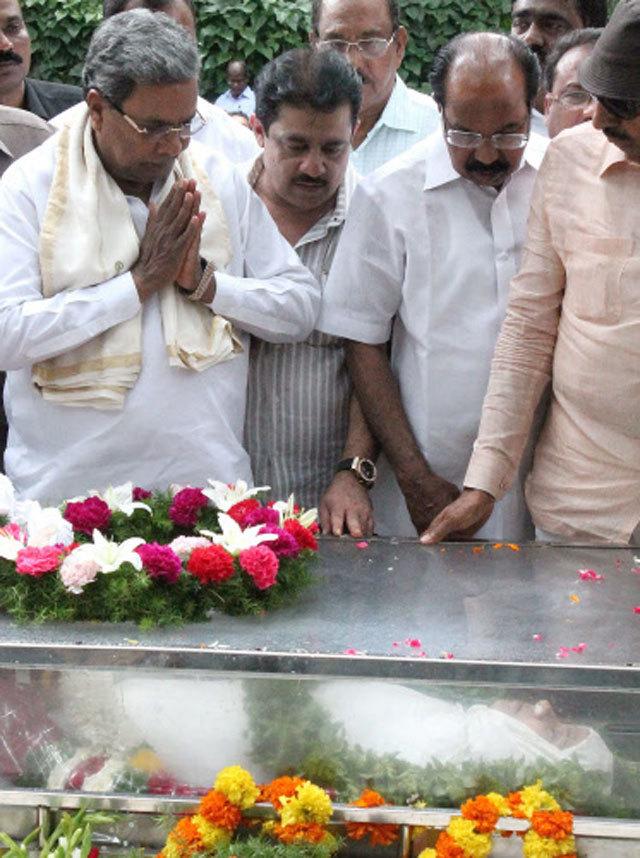 Image result for गौरी लंकेश का राजकीय सम्मान