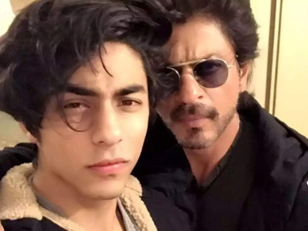 Shah Rukh Khan Aryan Khan Suhana Khan: Shah Rukh's son Aryan is not allowed to stay shirtless at home, he said – should the girl do this?  – Shah Rukh Khan did not allow Aryan Khan to be shirtless at home