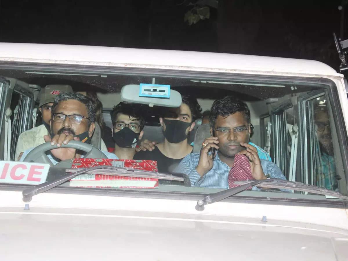 Satish Maneshinde demands Aryan's NCB custody: Mumbai Cruise Rev Party