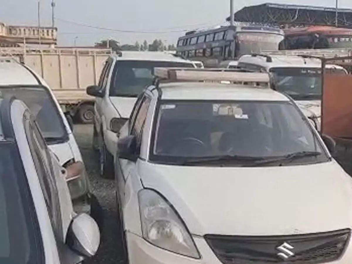 Bihar May Behd Kam Dam May Khariden Car: Bihar May Kam Dum May Kharid Sakenge Luxury Car Tapad Vibhag Karega Gadian Ki Auction: Vehicles caught in liquor smuggling will be auctioned, expensive cars can be obtained at cheaper rates!