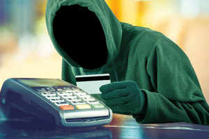 ₹ 1.5 Lakh stolen from OTP account, debit and credit card targeted by hackers