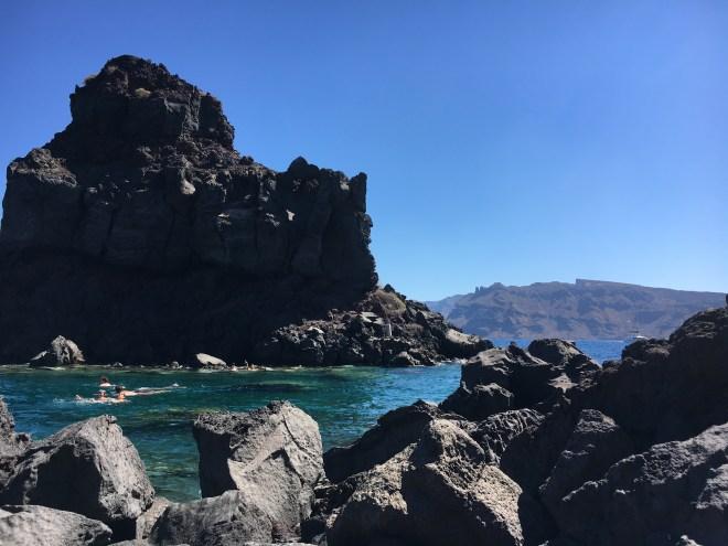 La vue de la baie Ammoudi à Santorin
