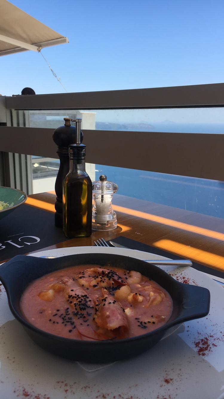 Restaurant avec vue à Fira à Santorin