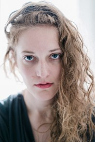 portrait-charlotte-sonya7s-rnifujipro400h