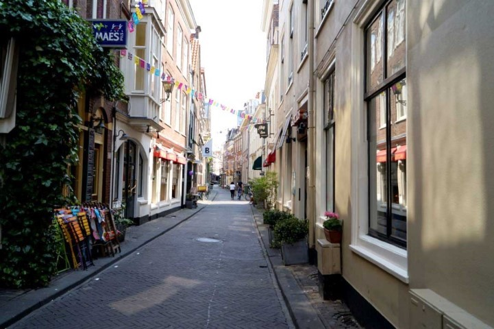 Molenstraat Shopping Area