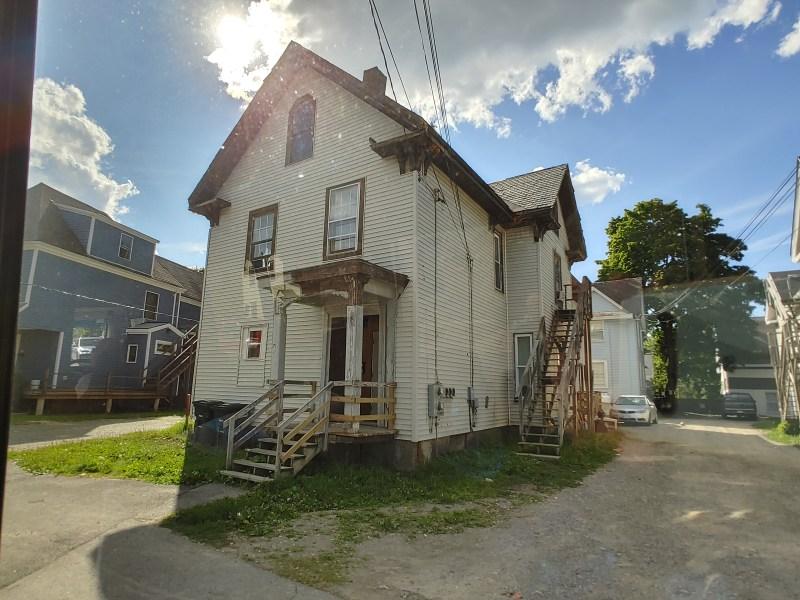Beverly Marsh house, Bangor Maine, real life Derry