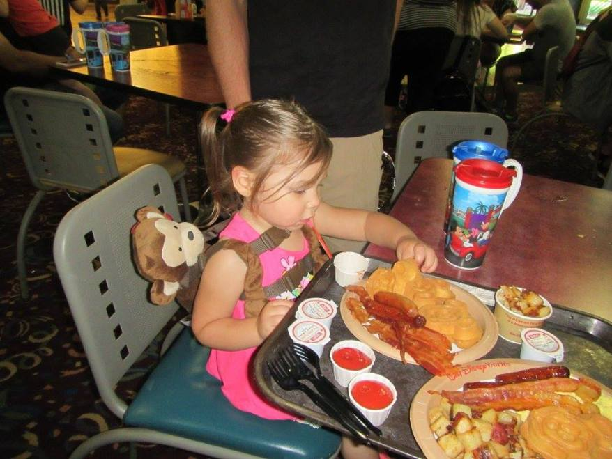 eat at a buffet, traveling with your picky eater child