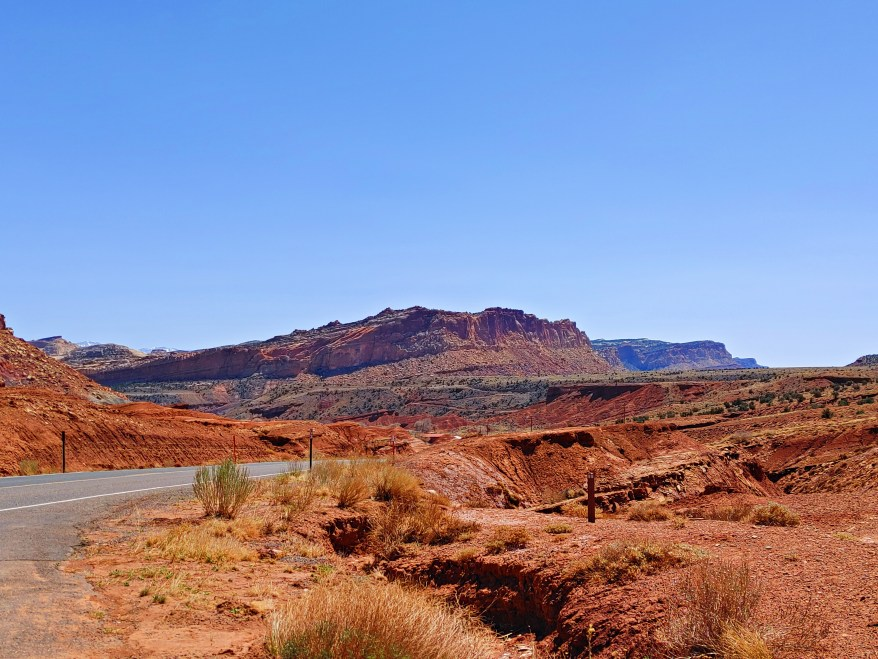 the capitol reef national park scenic drive