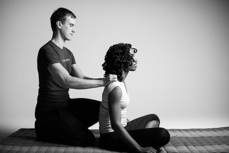 Drew Hume thai massage story