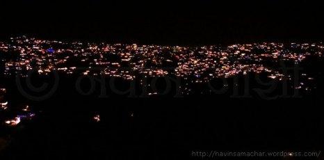 दिवाली पर रोशनी में दमकता अल्मोड़ा शहर