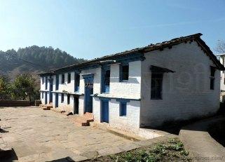 पहाड़ी घर @ स्यूरा गाँव (हवालबाग, अल्मोड़ा)