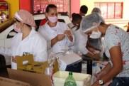 Prefeita Rhaiza Matos, vereadores Ricck e Regivan, e gerentes municipais participaram da vacinação de policiais civis, militares e bombeiros de Naviraí (29)