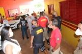 Prefeita Rhaiza Matos, vereadores Ricck e Regivan, e gerentes municipais participaram da vacinação de policiais civis, militares e bombeiros de Naviraí (53)