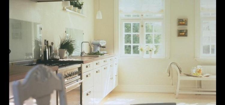 Какой должна быть кухня в скандинавском стиле. Фото