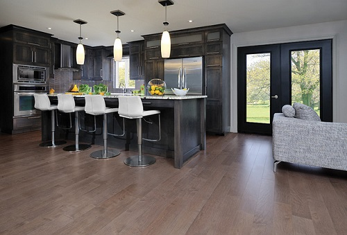 Кухня в классическом стиле деревянная