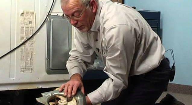 Забилась дренажная трубка холодильника – симптомы и лечение
