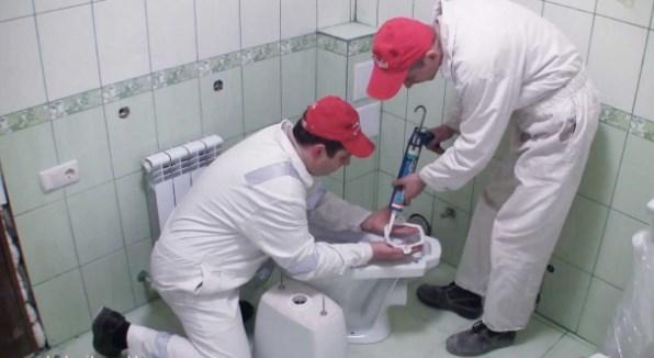 Установка унитаза и сантехнические работы в Екатеринбурге