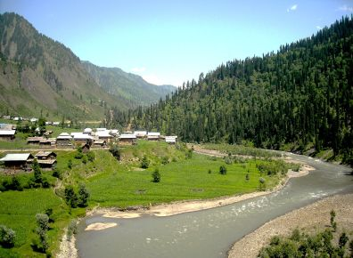 One_of_the_several_landscapes_Neelum_Valley_has_to_offer