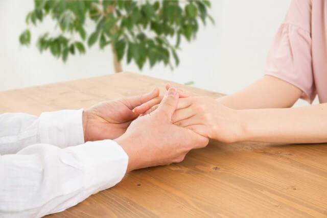 78220d06d02bf117e49a871c7672886f s - 男性の手を見ている女性は多い!脱毛で女性が好きな手になろう