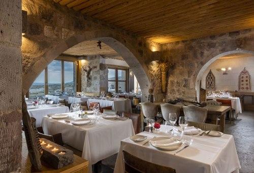 Argos- İn-Cappadocia-nevsehir-otel-yemek-salonu
