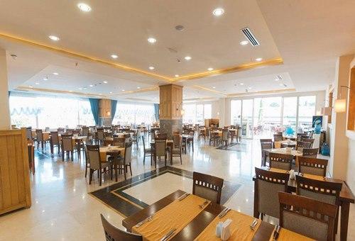 Loceanica -Beach -Resort-yemek-salonu