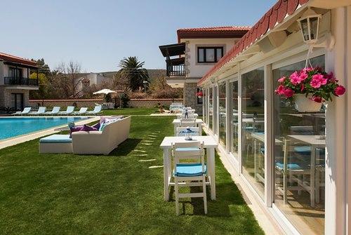 Nea -Garden- Hotel -Alaçatı-bahce