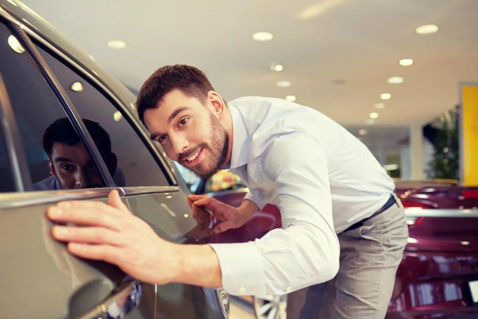 car-salesman-2