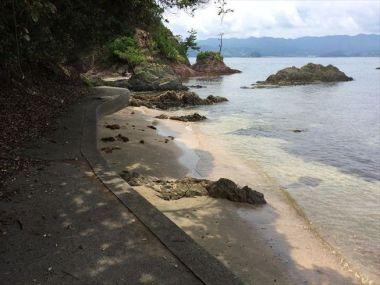 奥の砂浜2