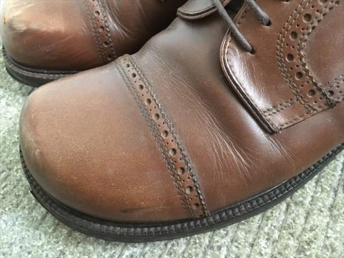 2カビがはえた革靴