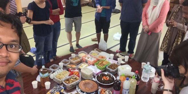 makan malam di jepang