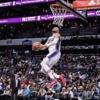 NBA史上3人目の快挙 !76ersの大型新人ベン シモンズが1年目で記録達成