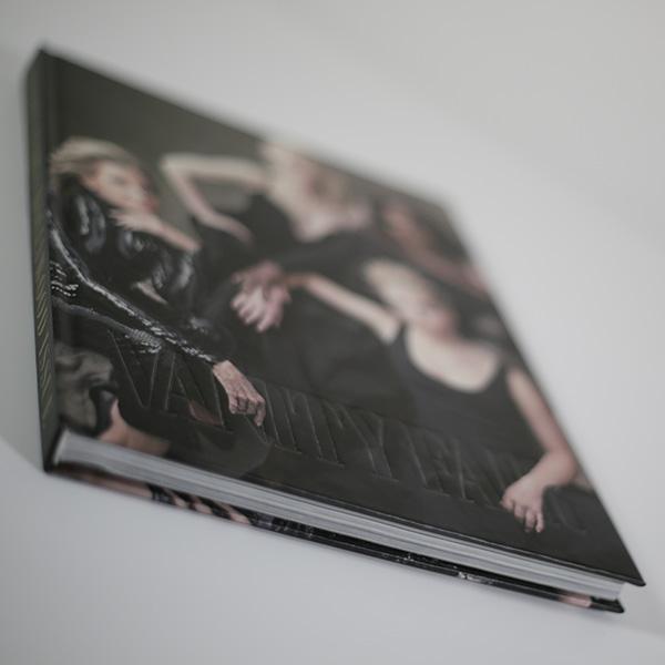 nb-book-case-binding-vanity-fair-3