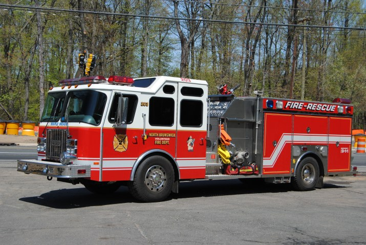 Engine 203 2001 Saulsbury Rescue Engine 1500 GPM, Extrication Equipment